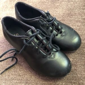 Other - So Danca black leather tap shoes size kids 9.5